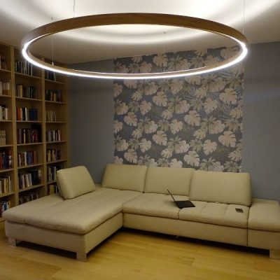 Fa körlámpa nappaliba