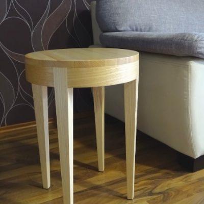 Vitap Kft. asztalos munkák-kisasztal